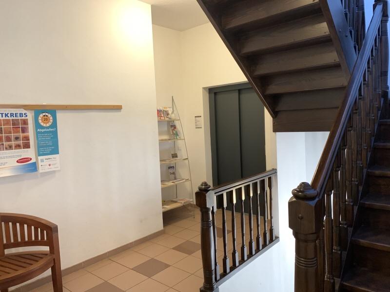 Treppenhaus Obergeschoss Bild 1