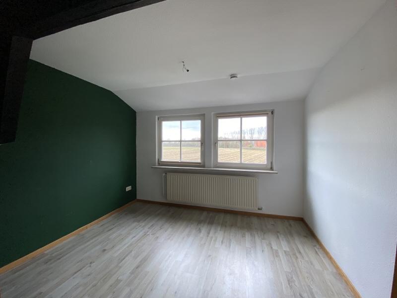 Schlafzimmer Einliegerwohnung Bild 1