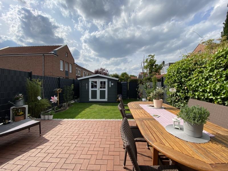Terrasse und Garten Bild 1