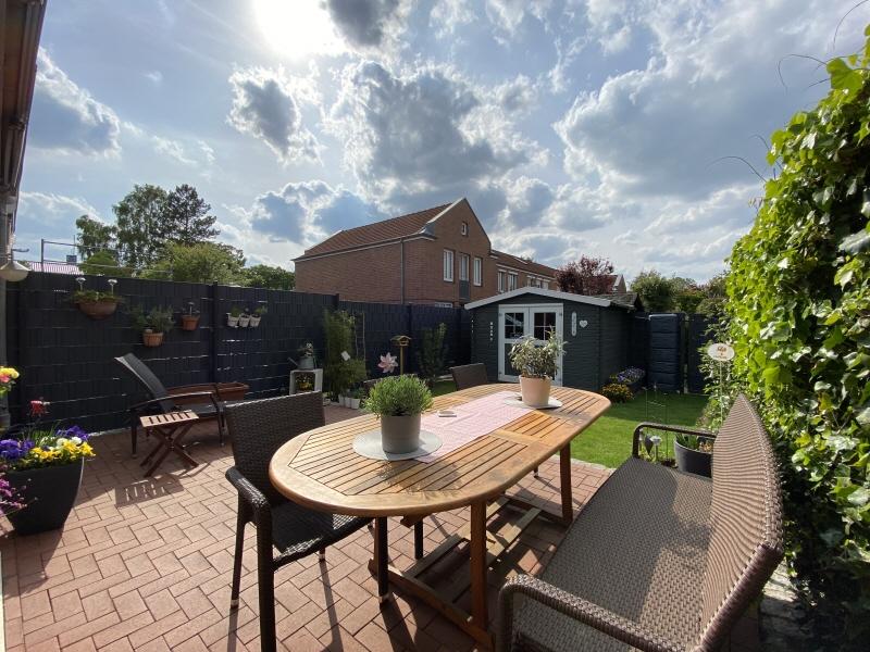 Terrasse und Garten Bild 3
