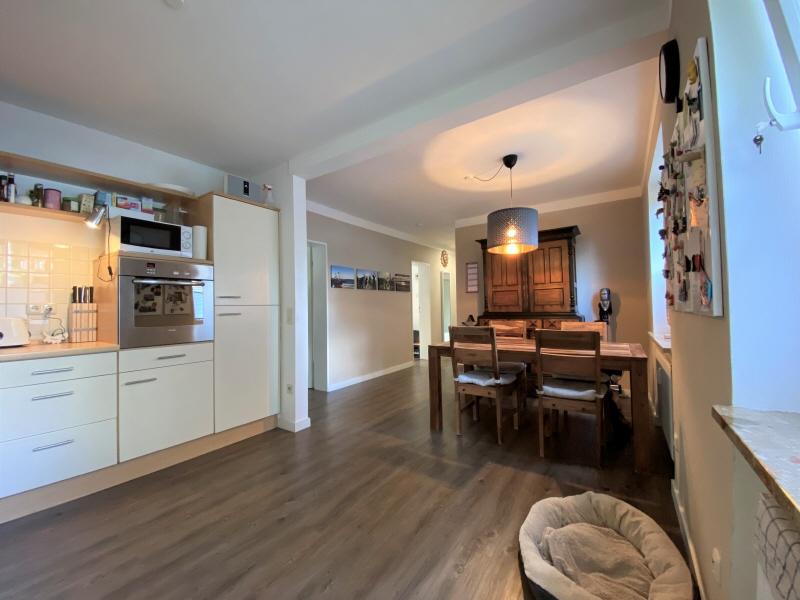 Essbereich und Küche Bild 2