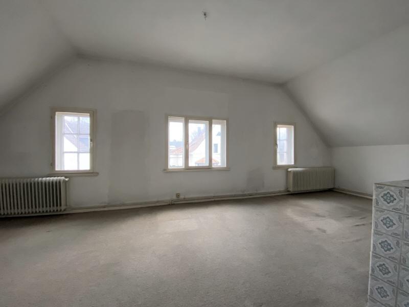 Vorderes Zimmer Obergeschoss Bild 1
