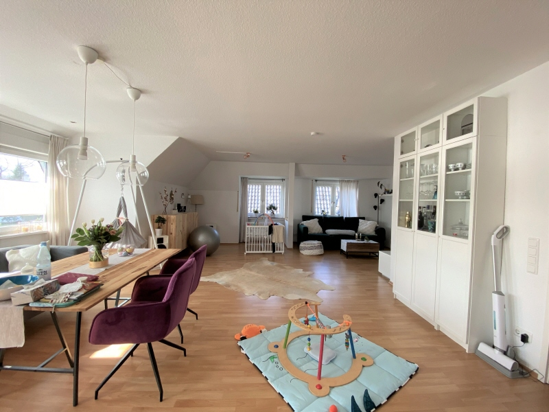 Wohnzimmer OG Bild 1